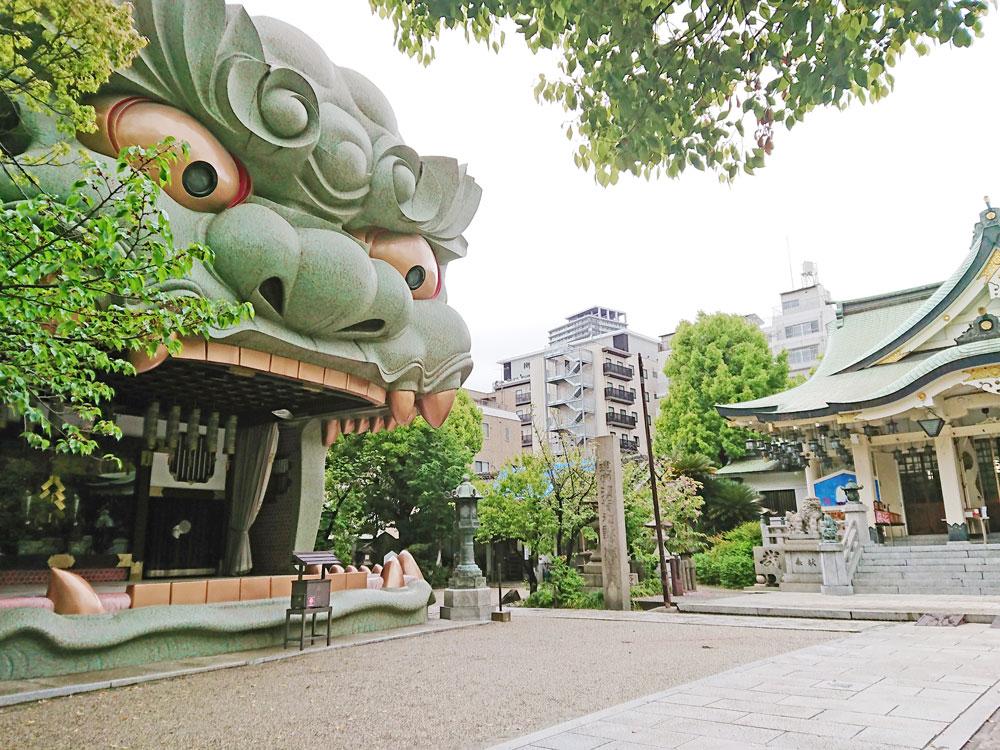 大阪八坂神社 獅子-2