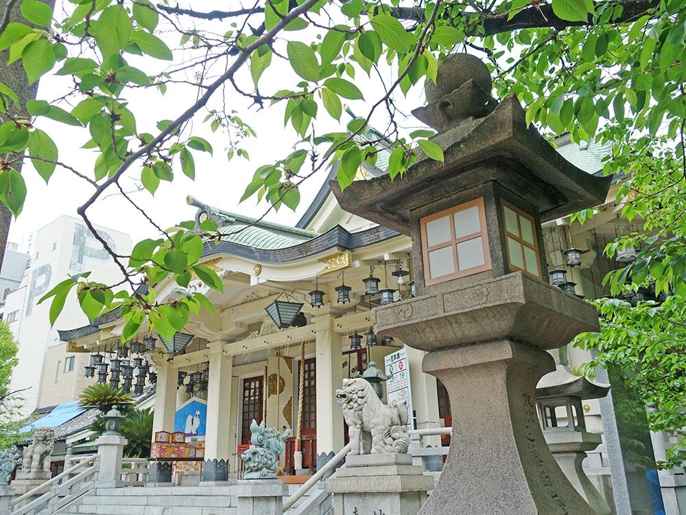 大阪八坂神社 獅子-5